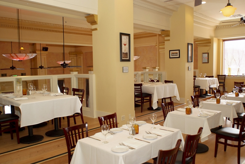 Dine in the Bella Room